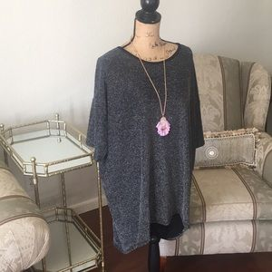 Lularoe long top tunic. New with tag. Size 2XL.